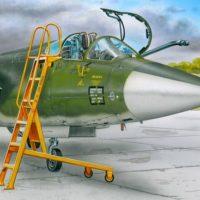 Scaletta F-104 in scala 1/48 plus model