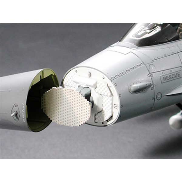 f-16-fighting-falcon-1-32-tamiya-TA60315-9