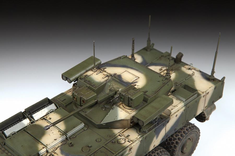russian-8×8-armored-bumerang-zvezda-3696-scala-1-35-3