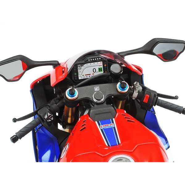 Honda-CBR1100RR-R-tamiya-scala-1-12-1