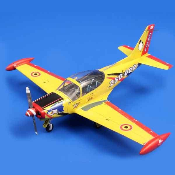 SIAI-Marchetti SF-260M/AM/W Scala 1:72