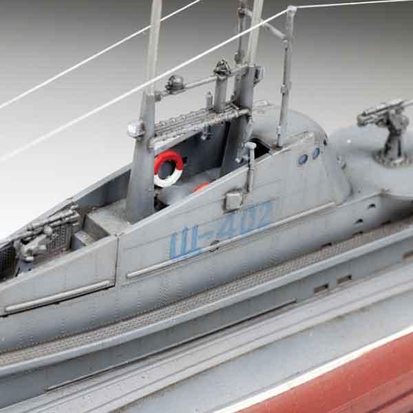 SHCHUKA (SHCH) Sottomarino Sovietico WWII Zvezda Scala 1:144