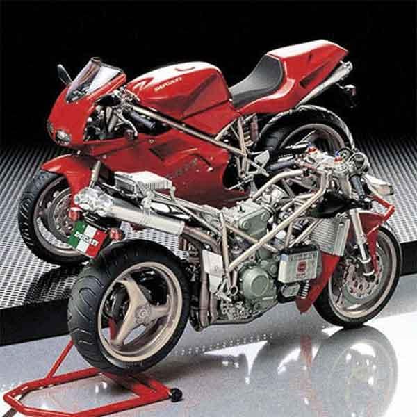 Ducati 916 Superbike TAMIYA Scala 1:12
